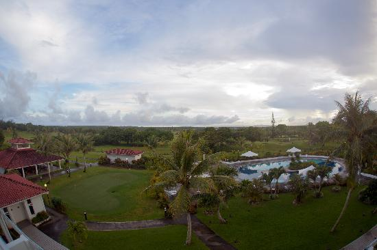 Starts Guam Golf Resort: Pool View from Room