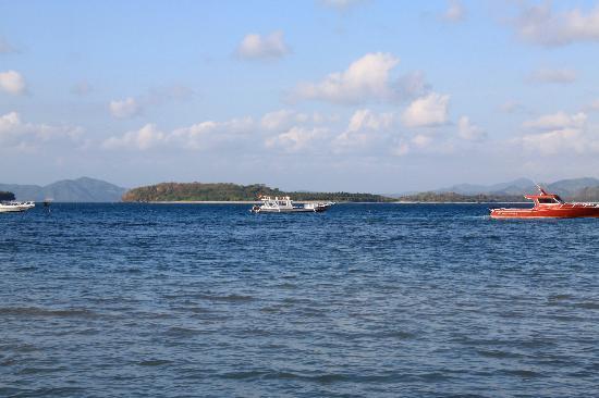 Cocotinos Sekotong, Boutique Beach Resort & Spa : MINI GILIS EN FACE