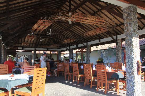 Cocotinos Sekotong, Boutique Beach Resort & Spa : RESTO