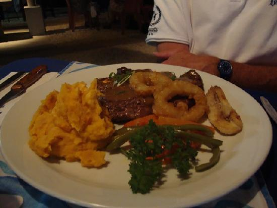 The Waterfront Bar and Grill: Tender steak