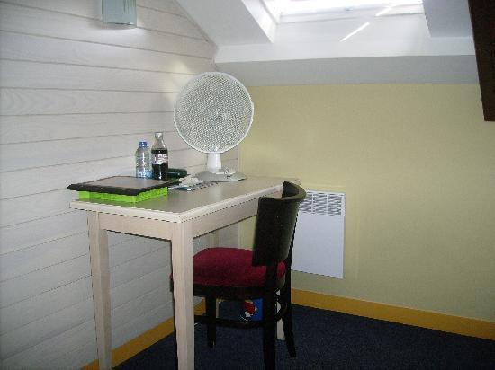 Hotel Le Nautilus : Chambre 16 (1)