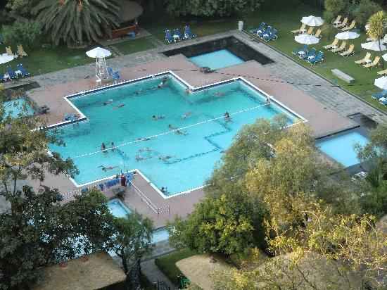 Hilton Addis Ababa : Pool from the 11th floor