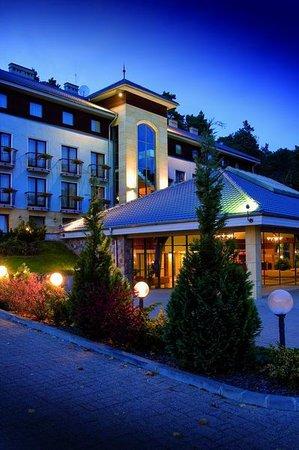Photo of Hotel Cztery Pory Roku (Four Seasons) Straszyn