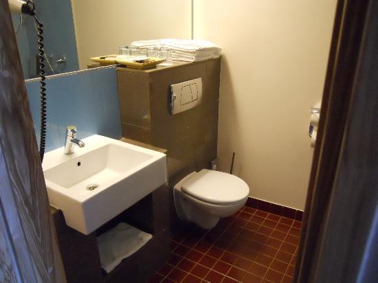 Hotel Euroopa: Note no bath