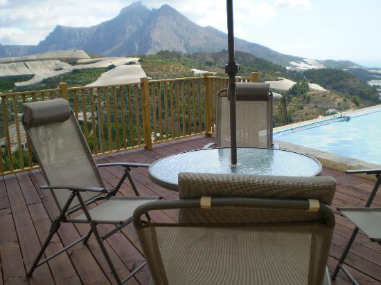 Casa Tauro : A mountain view