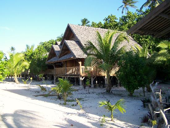 Patuno Resort Wakatobi: One of the executive level cabins