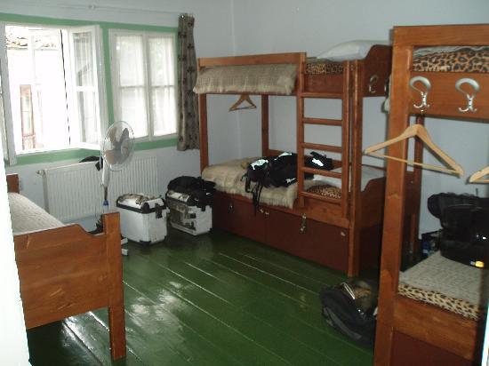Phoenix Hostel: one of the bedrooms