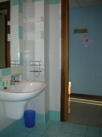 Hotel Castagnola: salle de bains