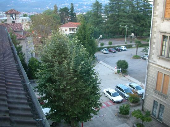 Hotel Castagnola : vaste parking
