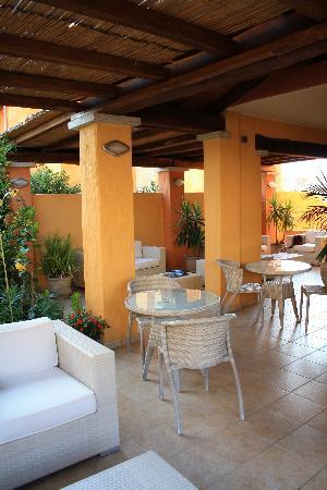 Il Girasole Hotel: Veranda