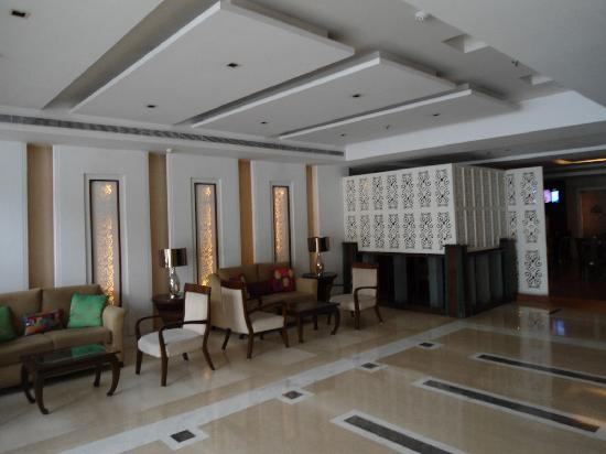 Country Inn & Suites By Carlson-Amritsar, Queens Road: Hotel Lobby