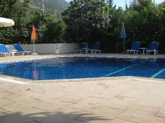Unsal Hotel: The Pool@Unsal