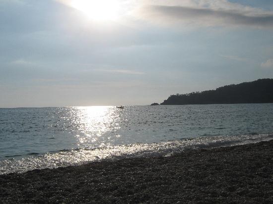 Unsal Hotel: Oludeniz beach