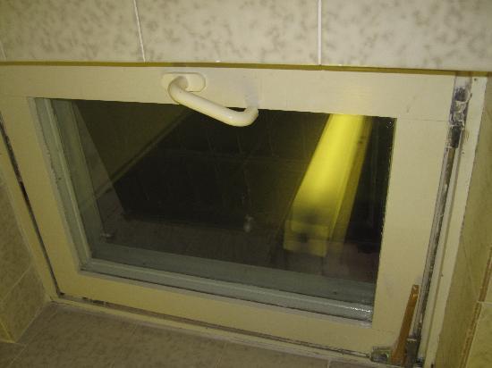 Adriatiq Resort Fontana: badezimmer fenster ging nicht auf