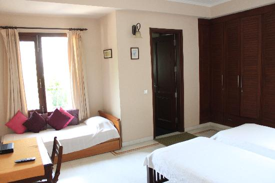 Saket Bed and Breakfast: Triple Room