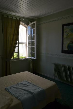 Best Western Le Val Majour: The room