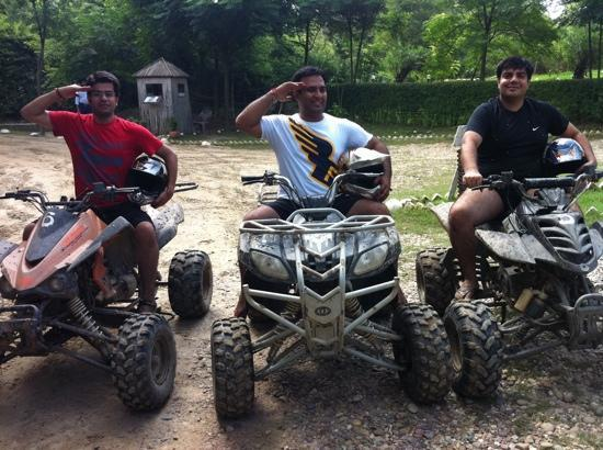The Kikar Lodge: quad biking