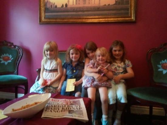 Trim Tandoori: Kids in Trim Indian Restaurant