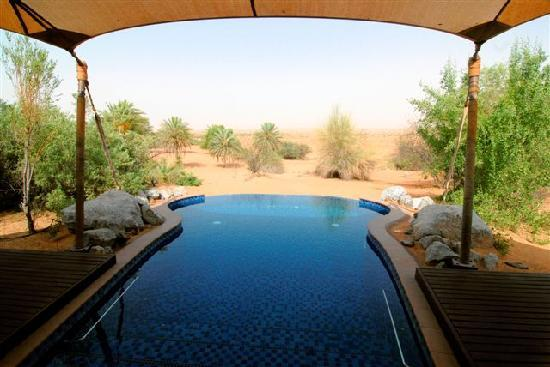 Al Maha, A Luxury Collection Desert Resort & Spa : Poolblick