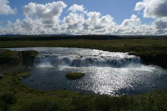 Iceland Guided Tours: A Beautiful Waterfall