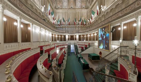 Civic Museum of Ancient Art (Palazzo Madama) : La ricostruzione del primo Senato d'Italia - the first italian Senate Halll