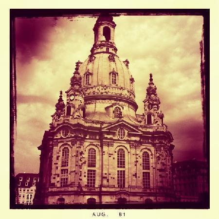 Romantik Hotel Bulow Residenz: Frauenkirche Dresden a must see