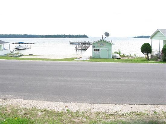 Lakeview Motel & Cottages: Lakeview 2