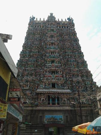 Sri Meenakshi Temple: Main Gopuram