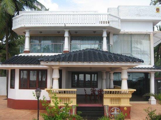Kamala Prestige Beach Villa