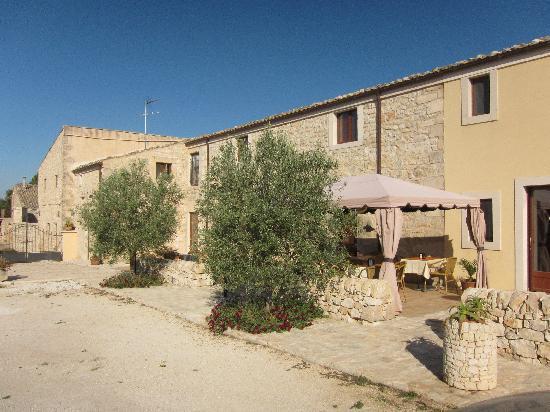 Artemisia Resort: entrata