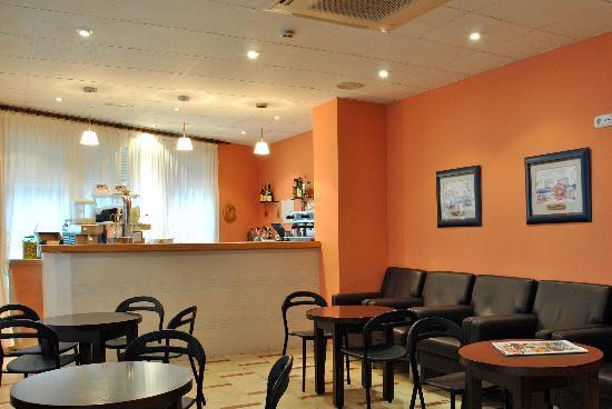 Hotel La Valenciana: CAFETERIA