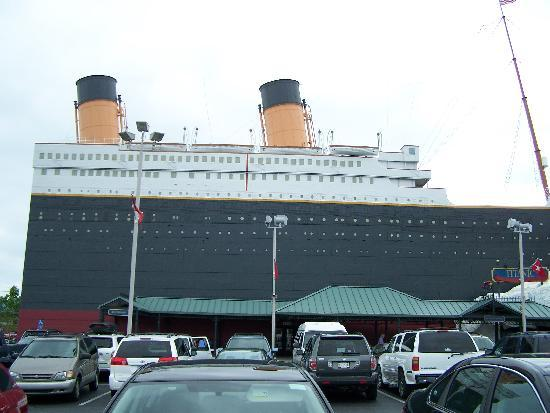Titanic Museum: view from the parking lot