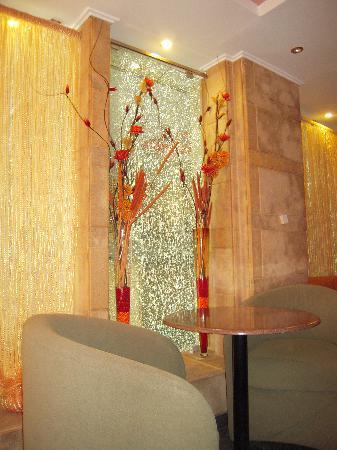 Niki Hotel : hall