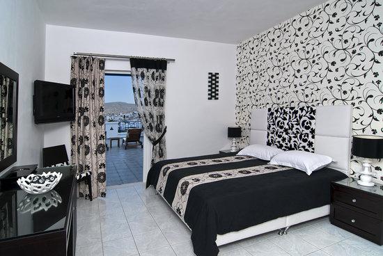 Lofos Village Hotel: Deluxe room