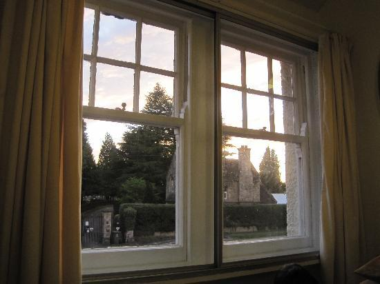 Hollybush Guest House : View from our window.