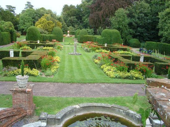 Barham, UK : Italian gardens