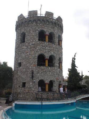 Geranion Village: Torre