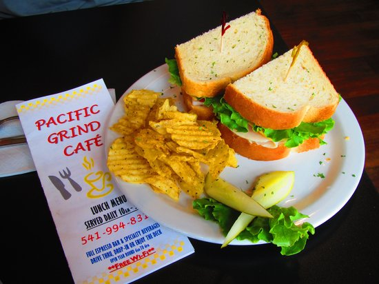 Pacific Grind Cafe : Lunch!