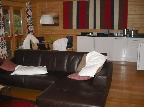 Dacre Lakeside Park : lounge lodge 8
