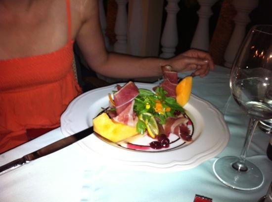 Belvedere Gregorian Restaurant : melon jambon