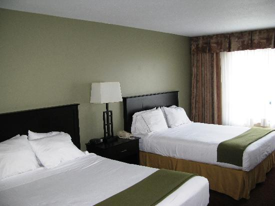 Holiday Inn Express - Kamloops: Chanmbre