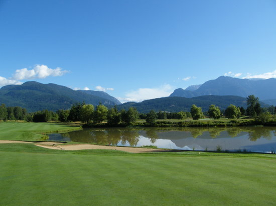 Big Sky Golf Club: Stunning views - challenging holes