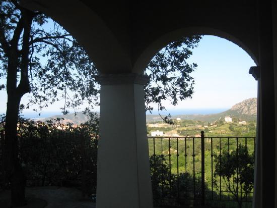 Le Roverelle: vista dal portico