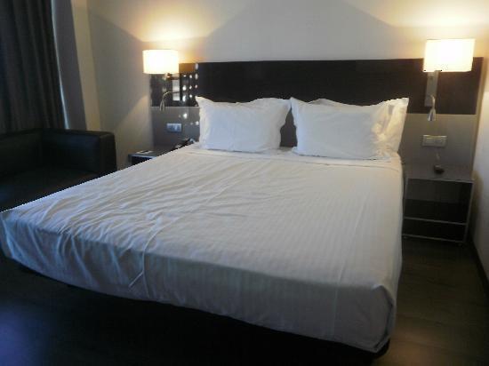 Eurostars Palace: habitación, cama doble