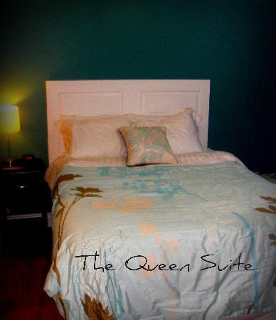 Cranbrook Hill Bed and Breakfast : Our Queen Suite