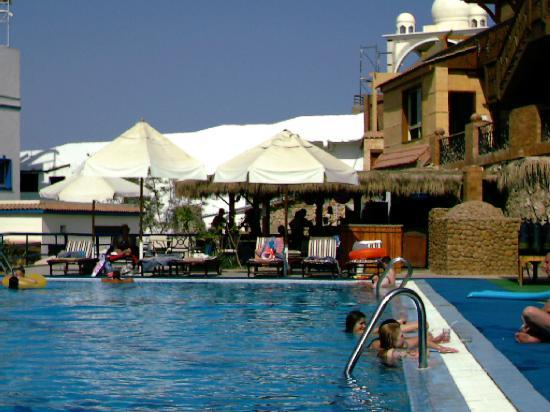Bay View Hotel : swimming pool