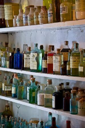 World Of James Herriot: Display From Alf Wightu0027s Medicine Closet