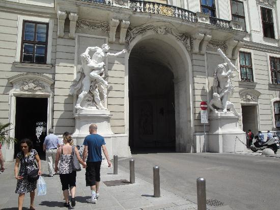 Vienna Explorer Tours And Day Trips Vienna Austria