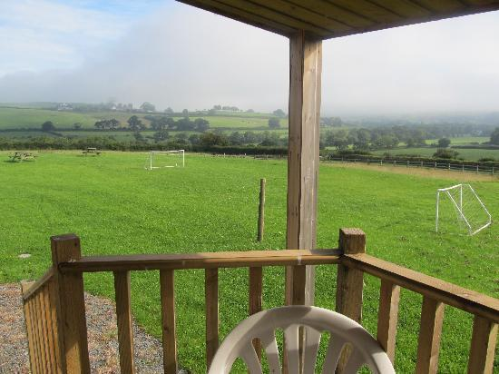 Bamham Farm Cottages: Lovely views from the decking area at rear of play barn.