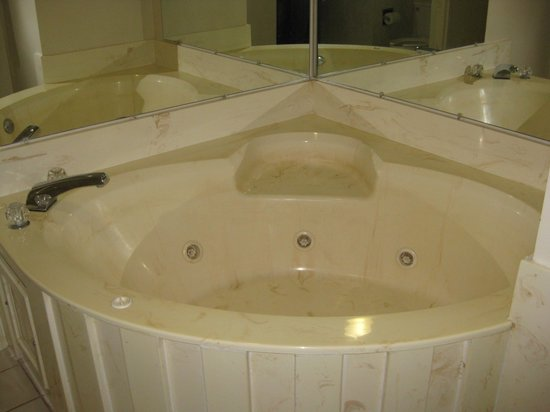 Royal Inn: Jacuzzi Suite
